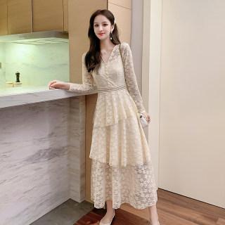 2020春装新款很仙的长袖蕾丝连衣裙女网红egg裙法式过膝长裙