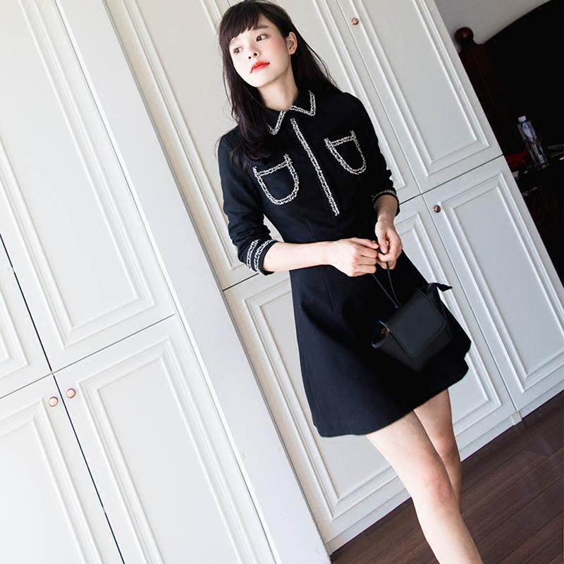 新款秋装女装定制版型品质黑色修身连衣裙秋品新款女装修身毛呢连衣裙新款女装定制品质黑色毛呢连衣裙