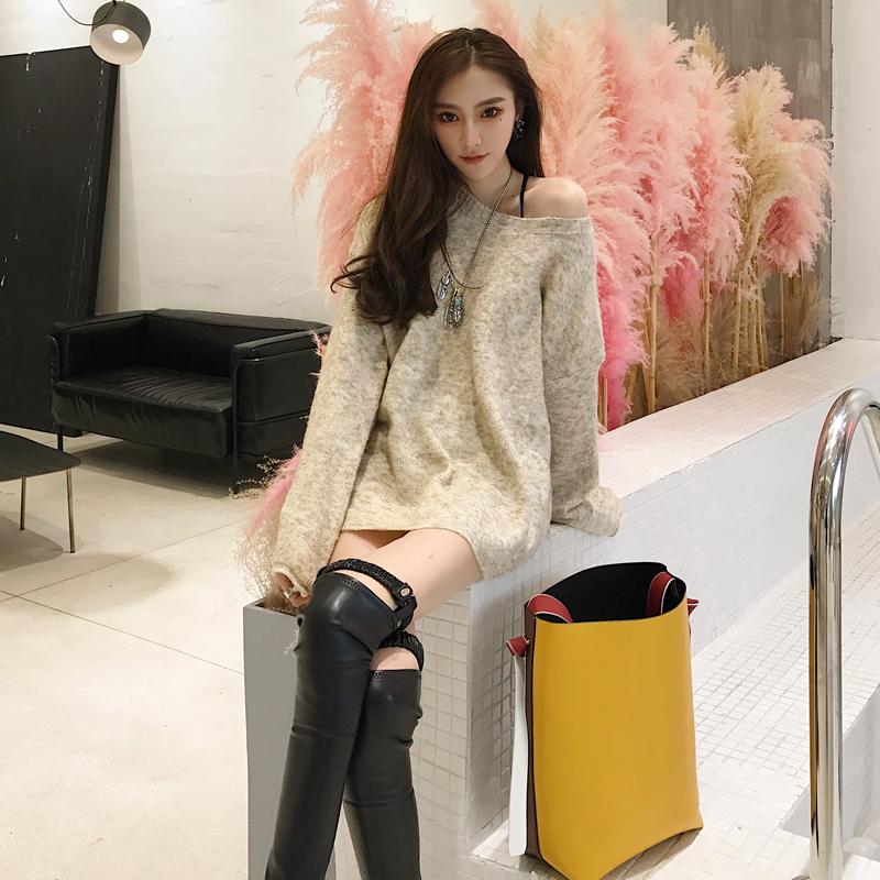 冬装新款女装镂空宽松打底针织衫新款女装冬装背后镂空毛衣外套韩版女装新款宽松背后镂空针织衫