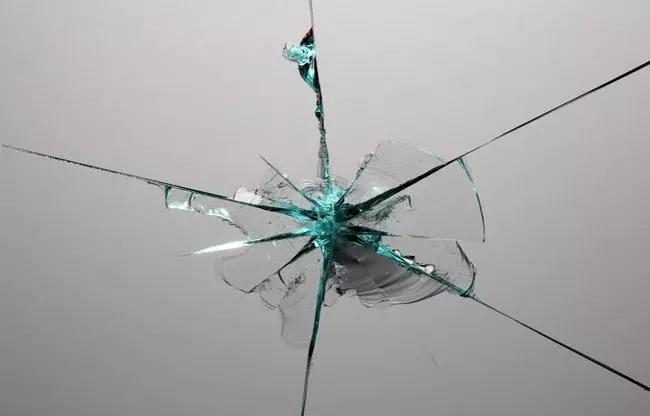 防弹玻璃是什么? 为什么可以...