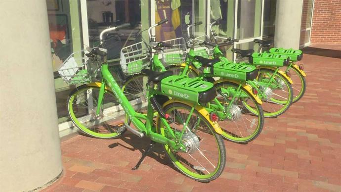 巴塞罗那帕克斯堡市开始要求骑手穿反光背心