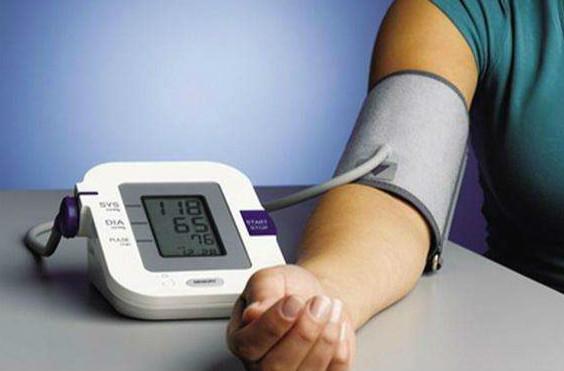 鱼跃电子血压计,在家怎么测量血压