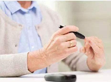 家用血糖仪,血糖仪的工作原理