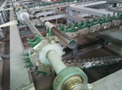 Cleaning machine for copper and stainless steel pipes
