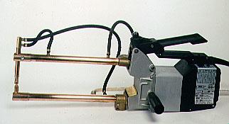 TECNA 便携式点焊机 水冷便携式射击枪7903 - 6 KVA