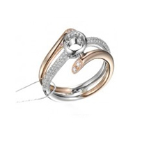 18K金鑲嵌鉆石戒指