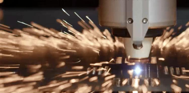 光纤激光切割机促进我国医疗事业的发展
