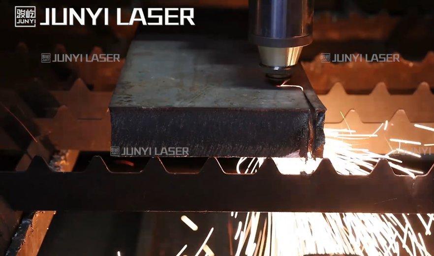 厚板切割●15000W切割50mm不锈钢