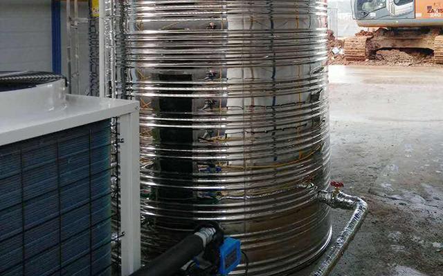鸿昊公司楼盘工地热水工程