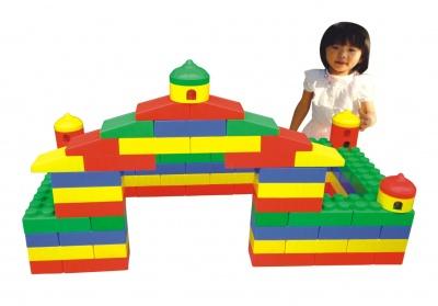 6241 城堡大积木 90pcs