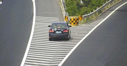 高速行驶路上最危险的6个地方你都知道吗?