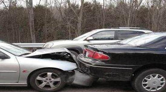 当车辆出现问题需自行维修时,哪些是必须注意呢