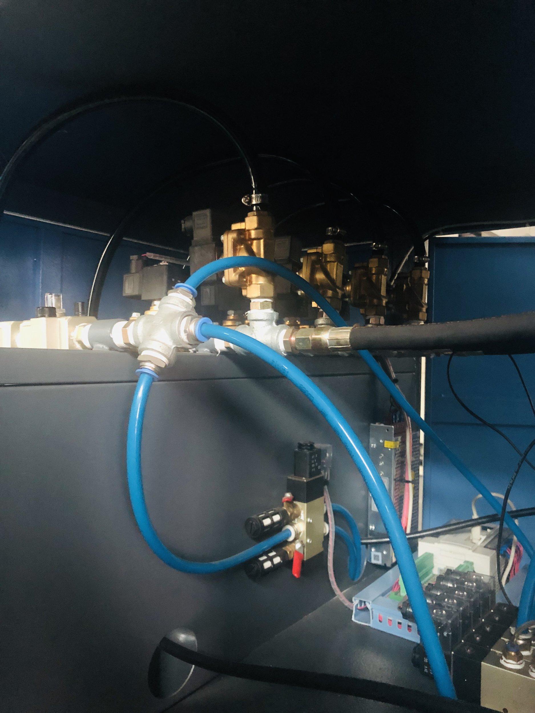 1出2半自动吹瓶机(3L)