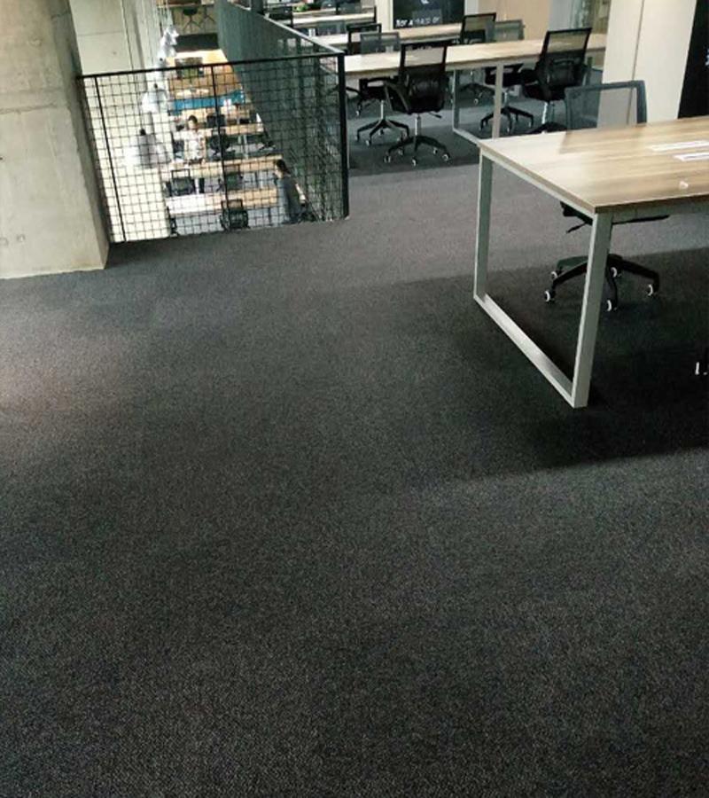 办公地毯如何清洁护理,怎样对地毯进行正确清洗?