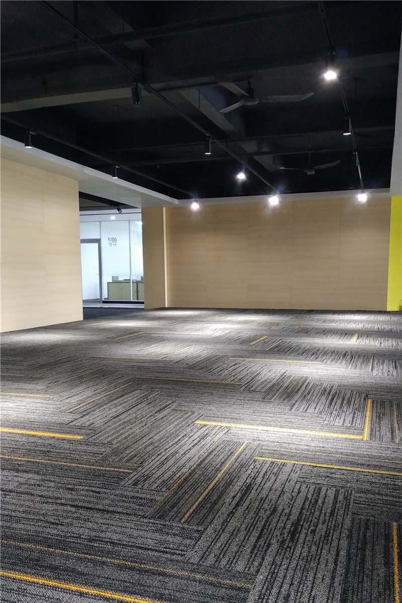 定制地毯人字拼铺装案例,地毯新铺法拼铺展...