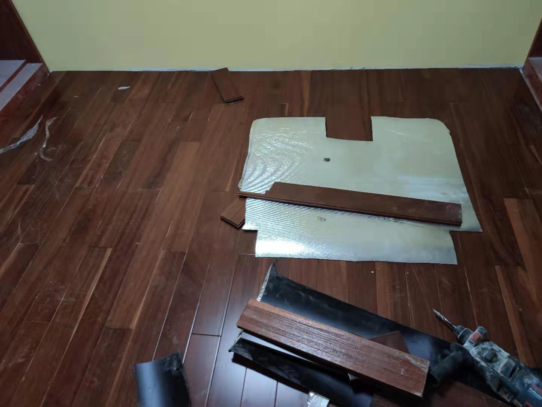绿地越秀海玥复式小洋楼实木地板安装实例