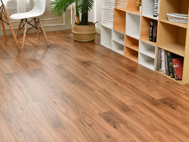 企业办公室装修选购哪种地板材料好,如何选择?