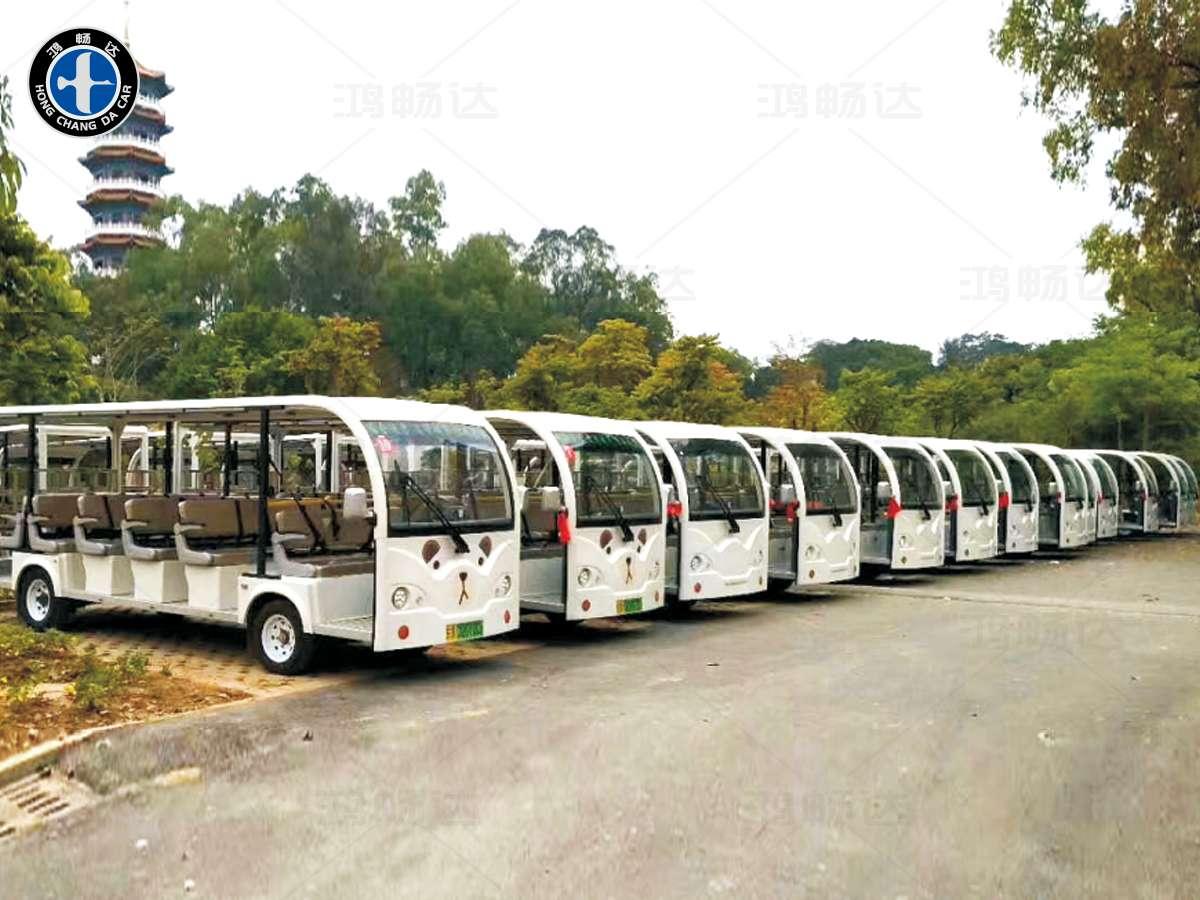 23座敞开式观光车
