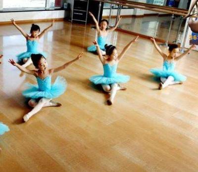 珠海市前山舞之韵舞蹈班