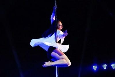 钢管舞领舞DS椅子秀培训 - 珠海魅力人生