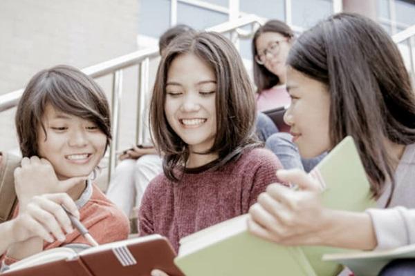 环球初高中英语课程辅导 - 珠海环球雅思培训中心