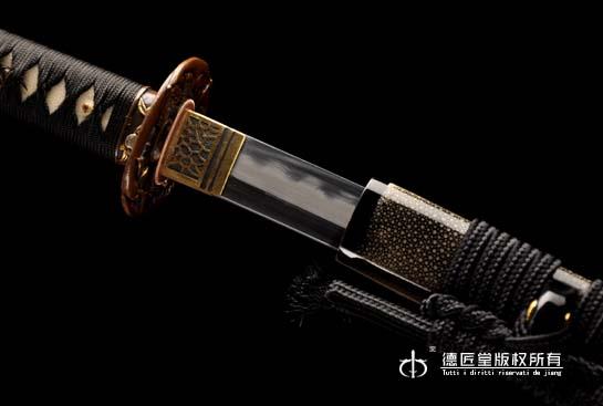 近江守源武士刀-本三枚烧刃