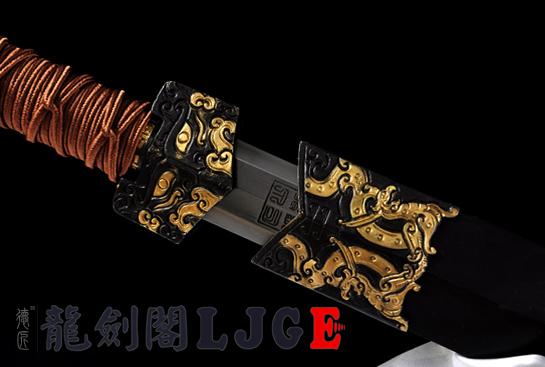 精品新装八面汉剑-地肌钢