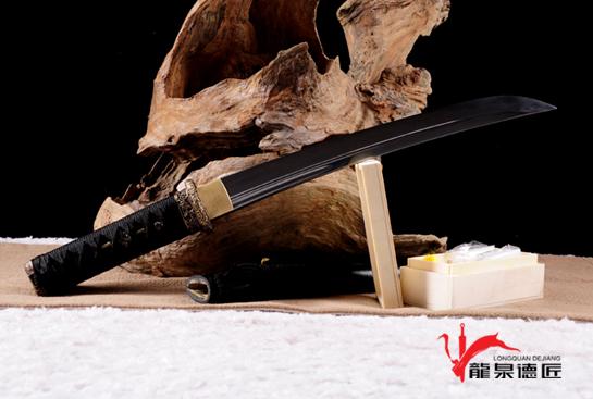 菊花装小乌丸-百炼钢烧刃
