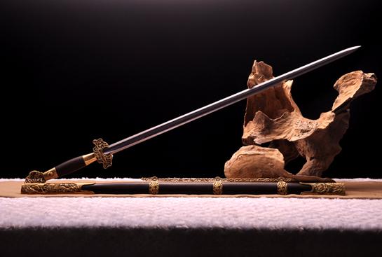 明·公卿佩剑-百炼钢夹钢(三枚合)