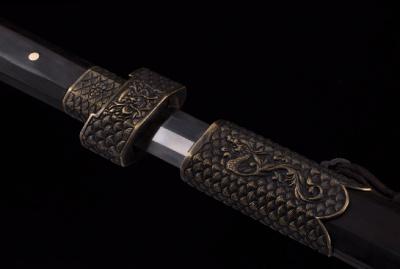 龙啸剑-百炼钢烧刃