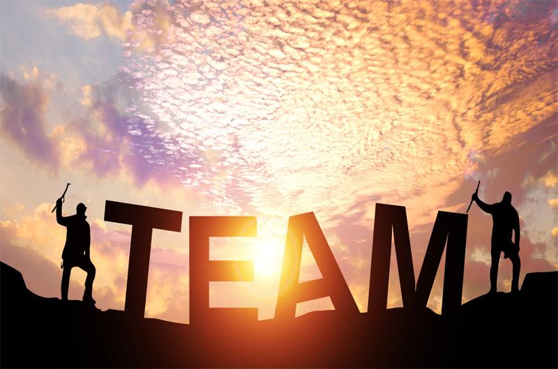 勇跃团建team