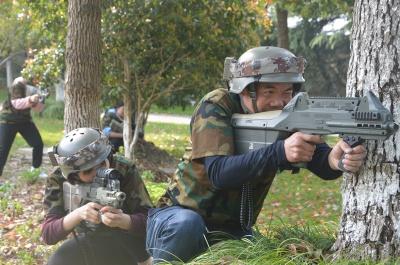 《真人CS》军事拓展课程
