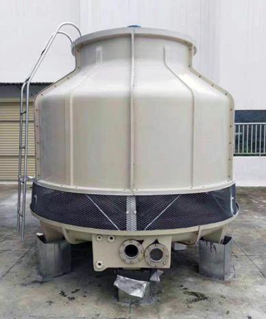 100吨玻璃钢圆形逆流冷却塔-...
